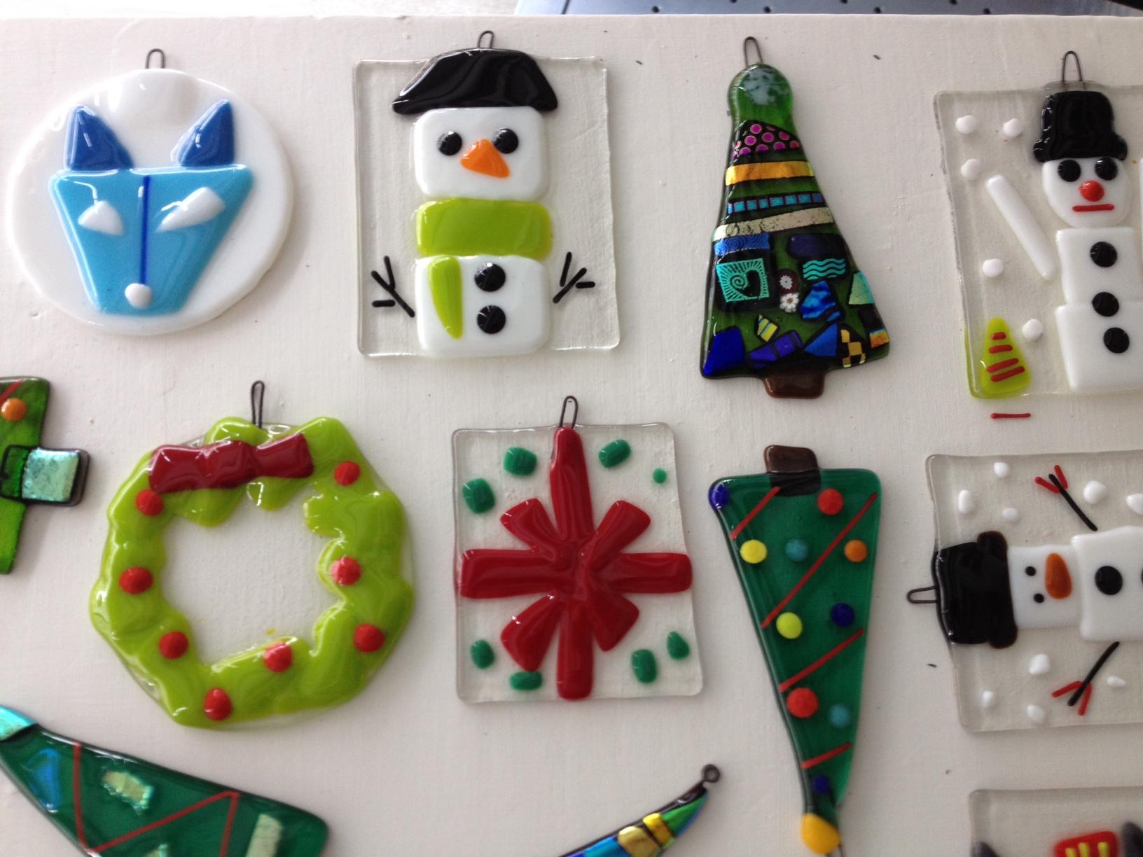 fused glass holiday ornaments visarts